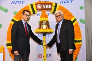 Mr. Ravi Pandit and Mr. Kishor Patil just before ringing the bell