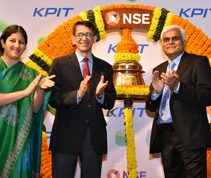 Mr. Ravi Pandit- Chairman - KPIT Technologies, Mr. Kishor Patil , CEO, KPIT Technologies, Ms. Ishita Vora Head- Primary Markets, NSE after the ringing the bell ceremony
